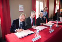Signature de la convention liant  la Ville de Paris, la Chancell