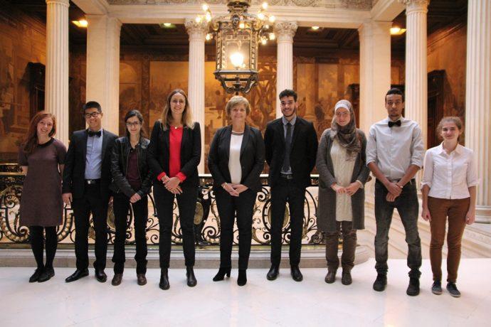 Les lauréats des bourses de médecine 2017 entourant Marie-Laure Coquelet et Charlotte Von Thienen Bardinet. Chancellerie des universités de Paris