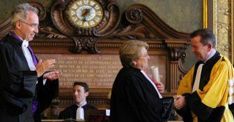 Michelle Bachelet reçoit ses insignes de Docteur Honoris Causa en Sorbonne
