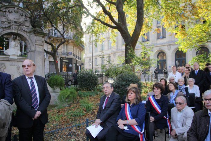La cérémonie s'est déroulée en présence d'un public nombreux.