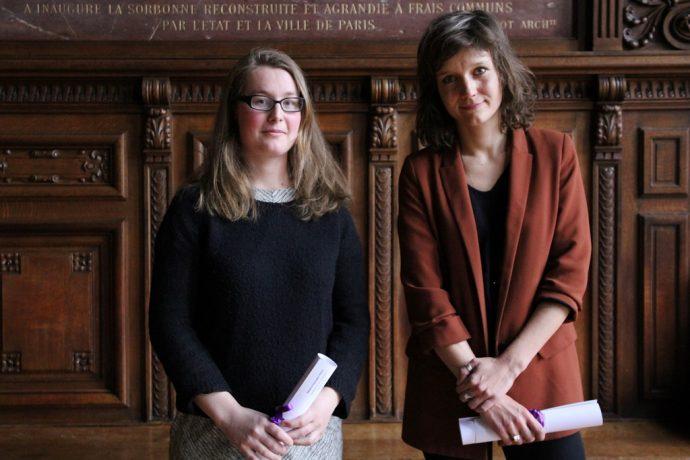 Raphaëlle Peria (à gauche) et Fanny Taillandier (à droite), respectivement lauréate du prix Fénéon artistique et du prix Fénéon littéraire 2018.
