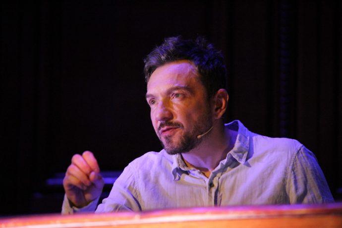 Alexandre Pavloff incarnait René Char lors de la soirée lecture Camus - Char en Sorbonne