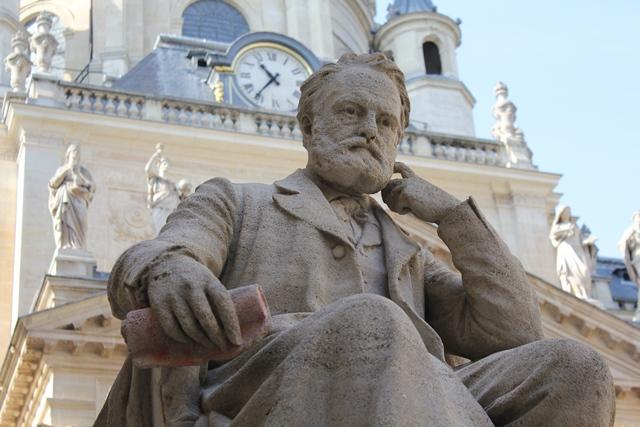Statues_Pasteur&Hugo_restaurées (29)